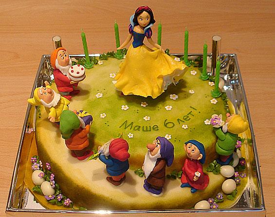 Детский торт белоснежка и 7 гномов